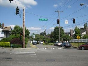 Intersection of NE 70th St & 12th Ave NE